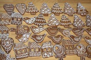 Imbieriniai sausainiai su glajumi