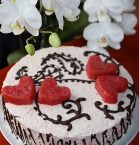Tortas su širdelėmis